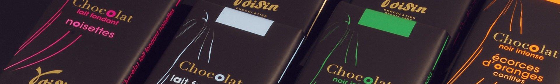 Etalage des tablettes de chocolat Voisin
